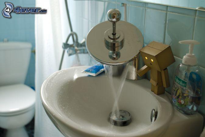 Wasserhahn ~ Waschbecken Xxs