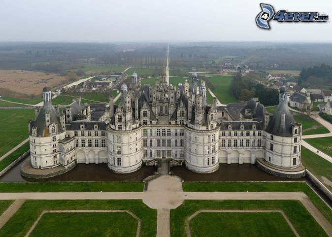 Schloss chambord for Jardin a la francaise chambord