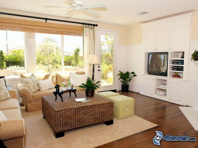 Wohnzimmer , Sofa , TV , Fenster