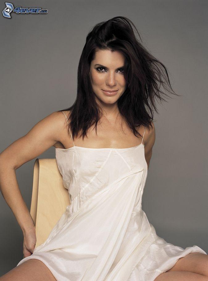 Sandra Bullock , weißes Kleid