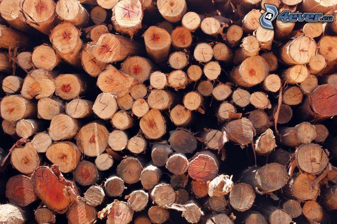 gestapeltes Holz