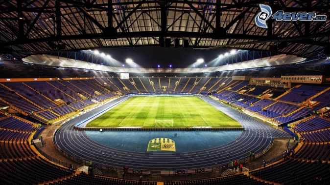 Fußballstadion, Spielplatz
