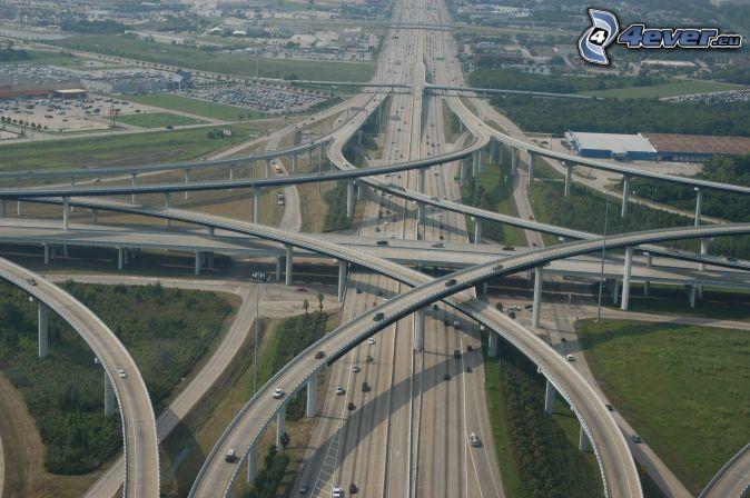 Autobahnkreuz, Straßen, Brücken