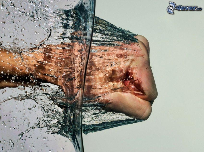 Faust, Wasser, Hand