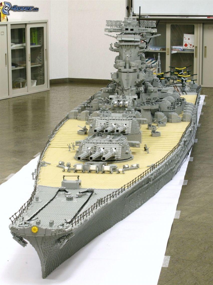 Kriegsschiff, Lego