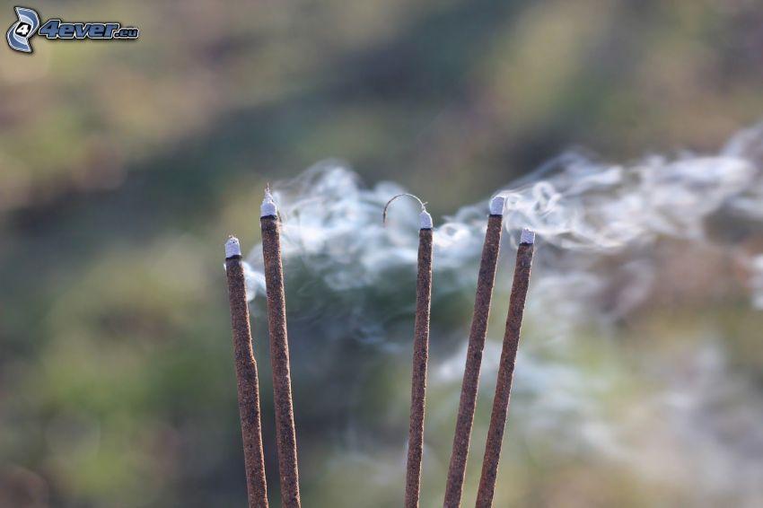 Räucherstäbchen, Rauch