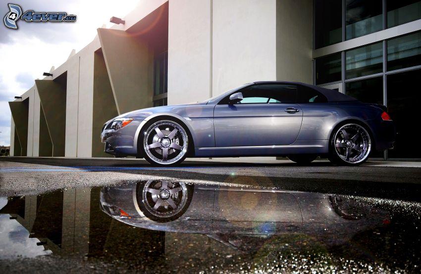 BMW 6 Coupé, Gebäude, Pfütze, Spiegelung