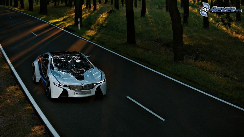 BMW i8, BMW Vision Efficient Dynamics, Konzept, Pfad durch den Wald