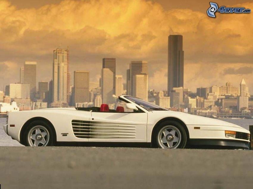 Ferrari Testarossa, Wolkenkratzer, City