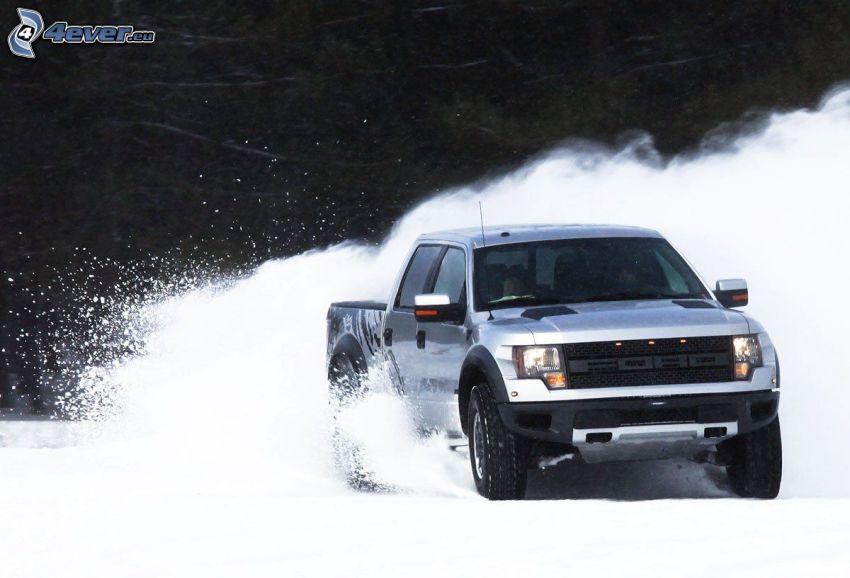 Ford F150 raptor, Schnee