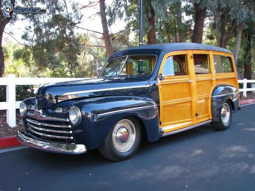 Ford Woody, Oldtimer, Zaun