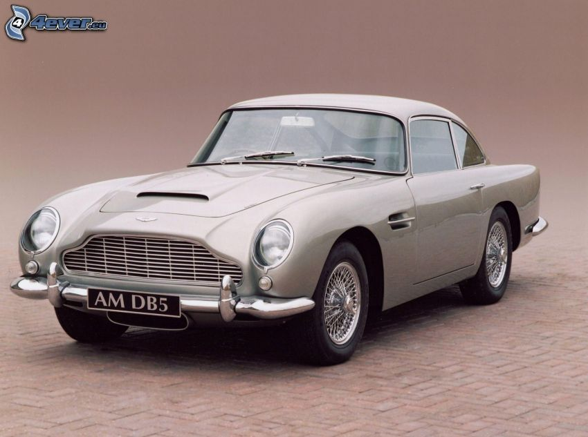 Aston Martin, Oldtimer, Bürgersteig
