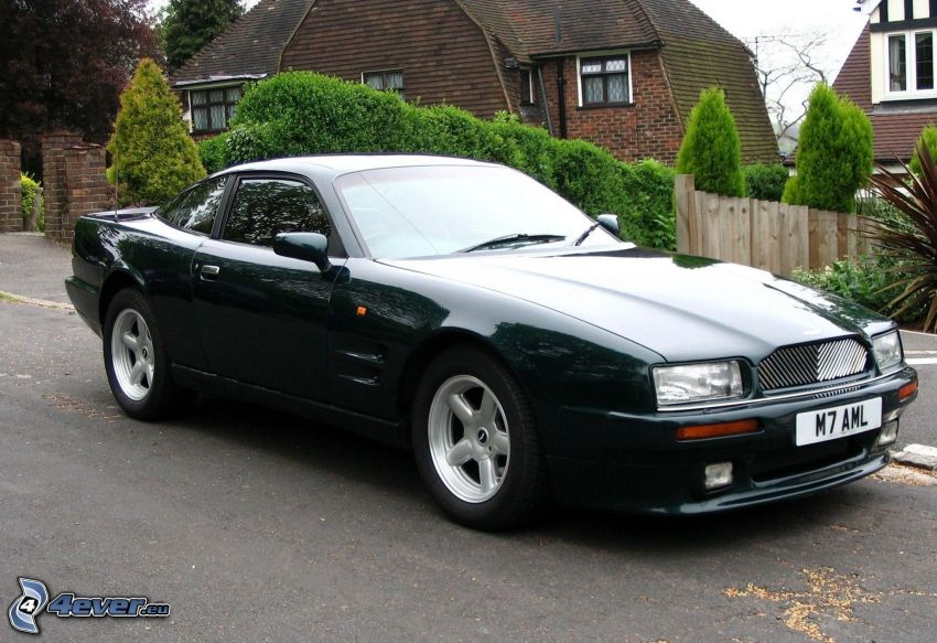 Aston Martin, Oldtimer, Haus