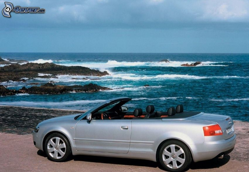 Audi A4, Cabrio, Felsen im Meer