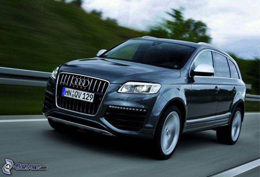 Audi Q7, Geschwindigkeit