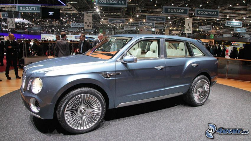 Bentley EXP 9F, Ausstellung, Automobilausstellung