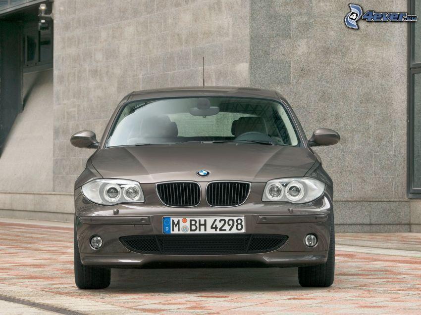 BMW 1, Vorderteil