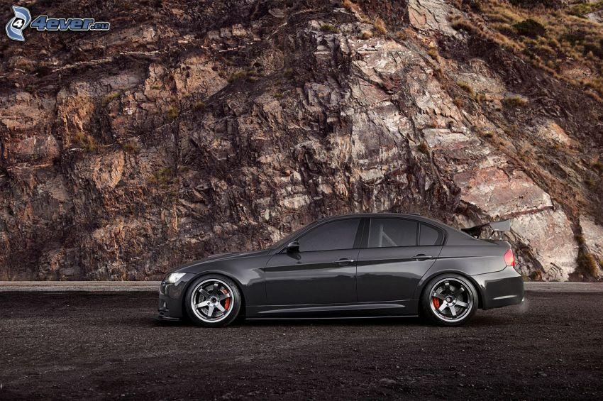 BMW 3, Felsen