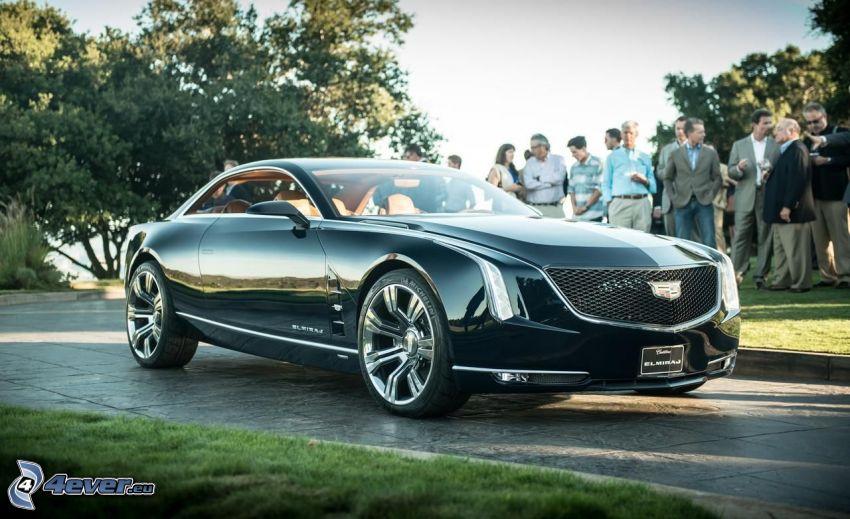Cadillac Elmiraj, Menschen