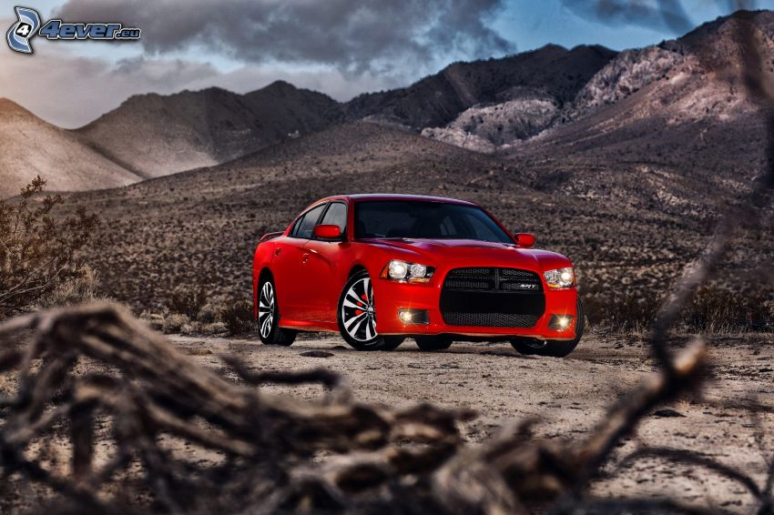 Dodge Charger SRT-8, Berge