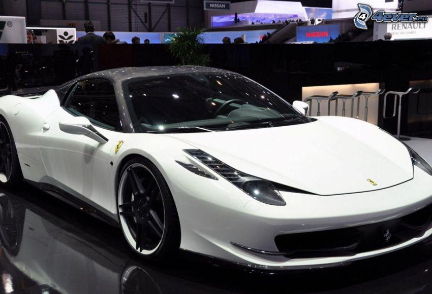 Ferrari 458 Italia, Ausstellung