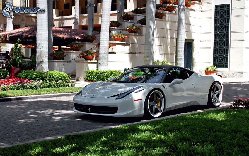 Ferrari 458 Italia, Treppen