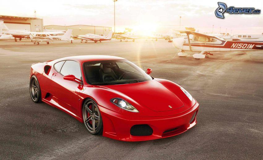 Ferrari F430, Flughafen, Flugzeuge