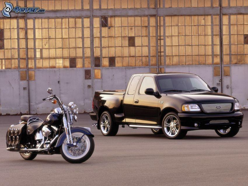 Ford F150 raptor, Harley-Davidson