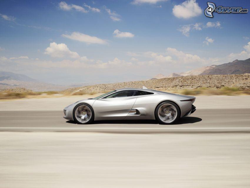 Jaguar C-X75, Geschwindigkeit