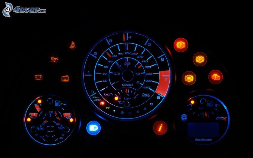 Koenigsegg CCX, Drehzahlmesser