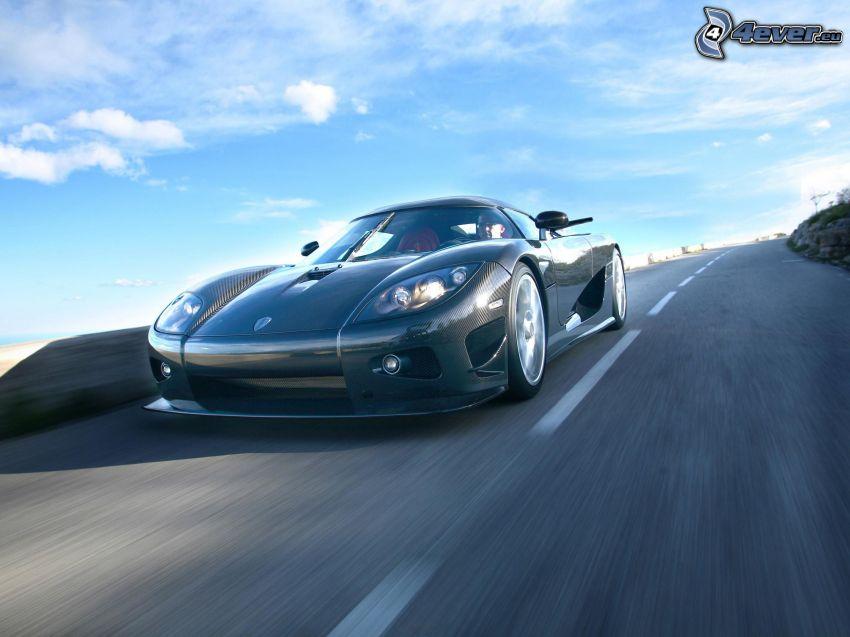 Koenigsegg CCX, Straße