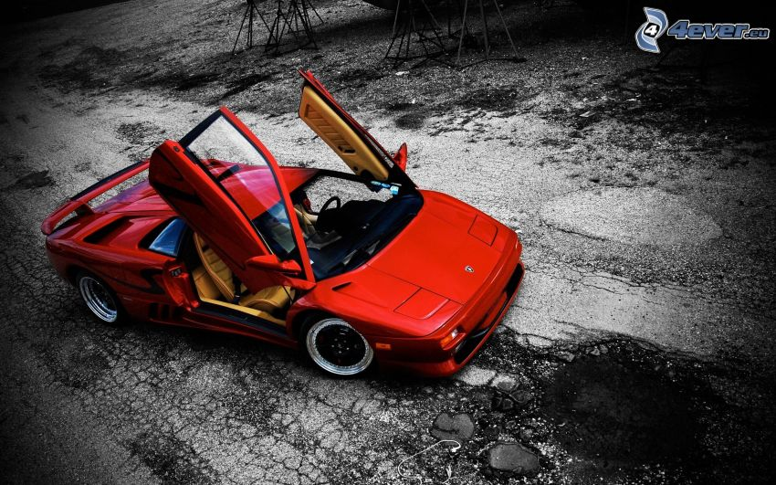 Lamborghini Diablo, Tür