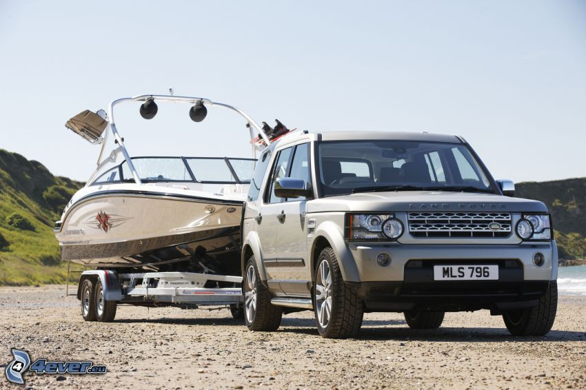 Land Rover DC100, Yacht