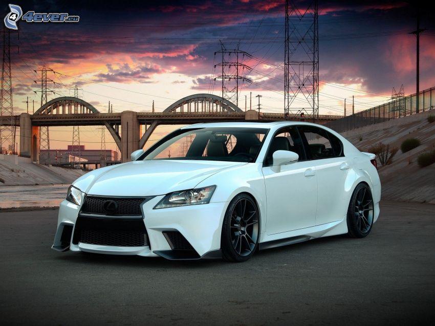 Lexus, Brücke
