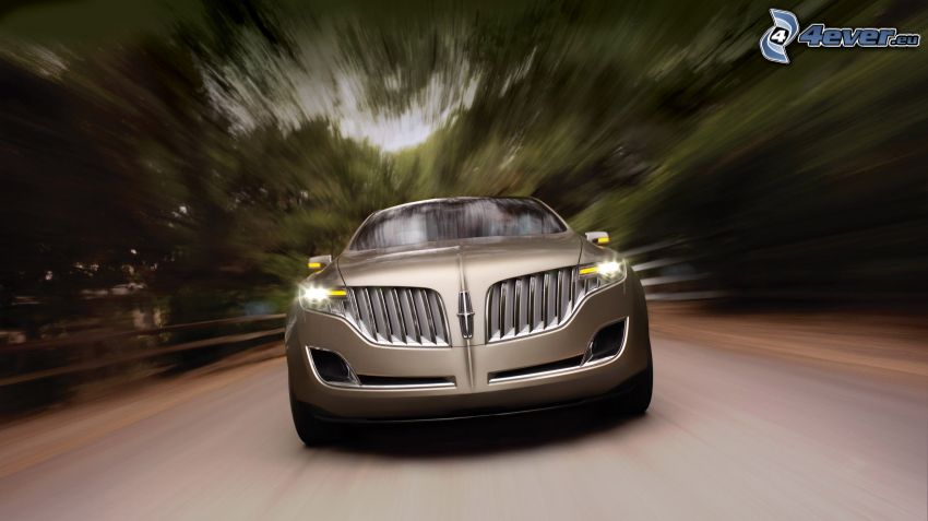 Lincoln MKT, Geschwindigkeit, Pfad durch den Wald
