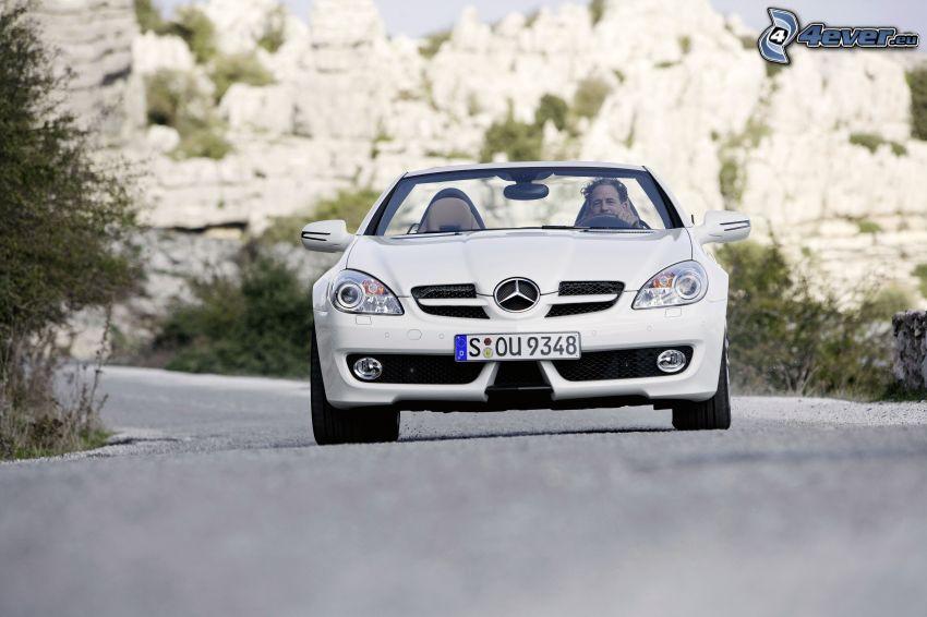 Mercedes-Benz SLK, Cabrio, Mann, Straße