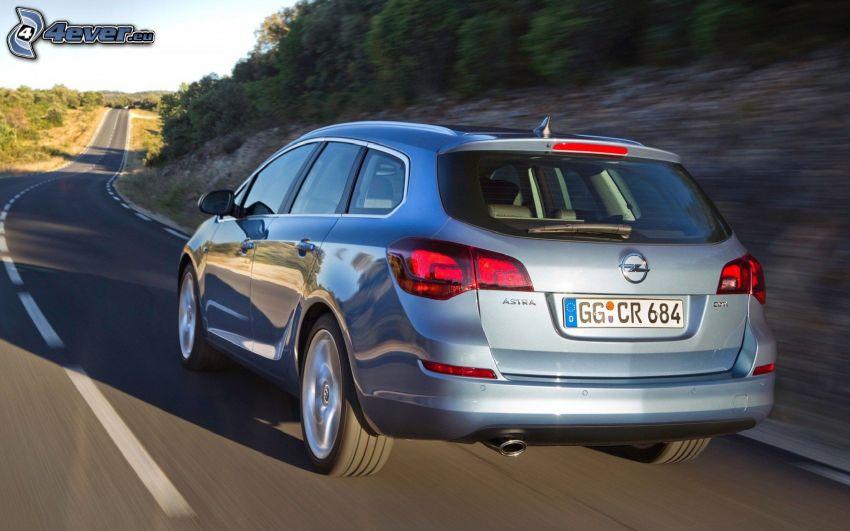 Opel Astra, Straße, Geschwindigkeit