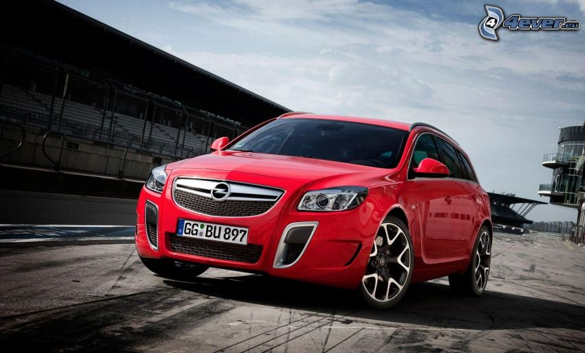 Opel Insignia OPC, Stadion