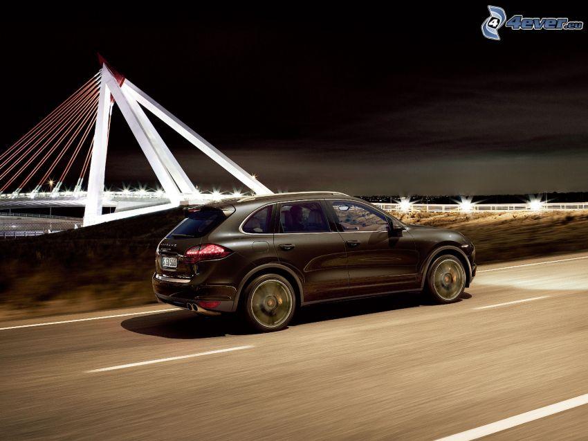 Porsche Cayenne S, Brücke, Straße, Geschwindigkeit