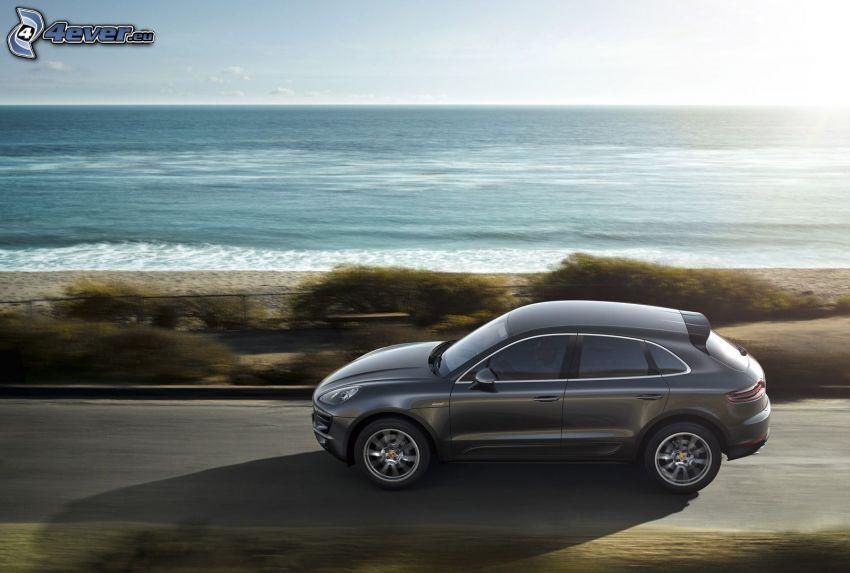 Porsche Macan, Geschwindigkeit, Blick auf dem Meer