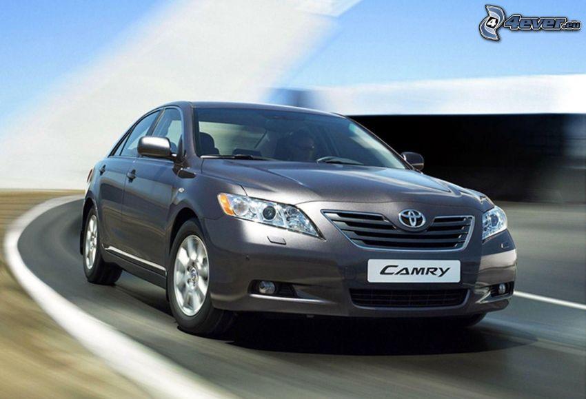 Toyota Camry, Geschwindigkeit