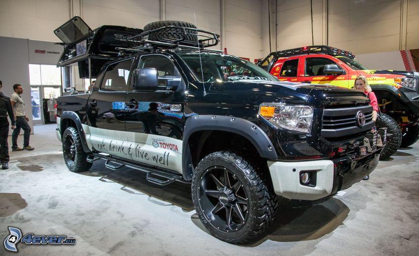 Toyota Tundra, Ausstellung
