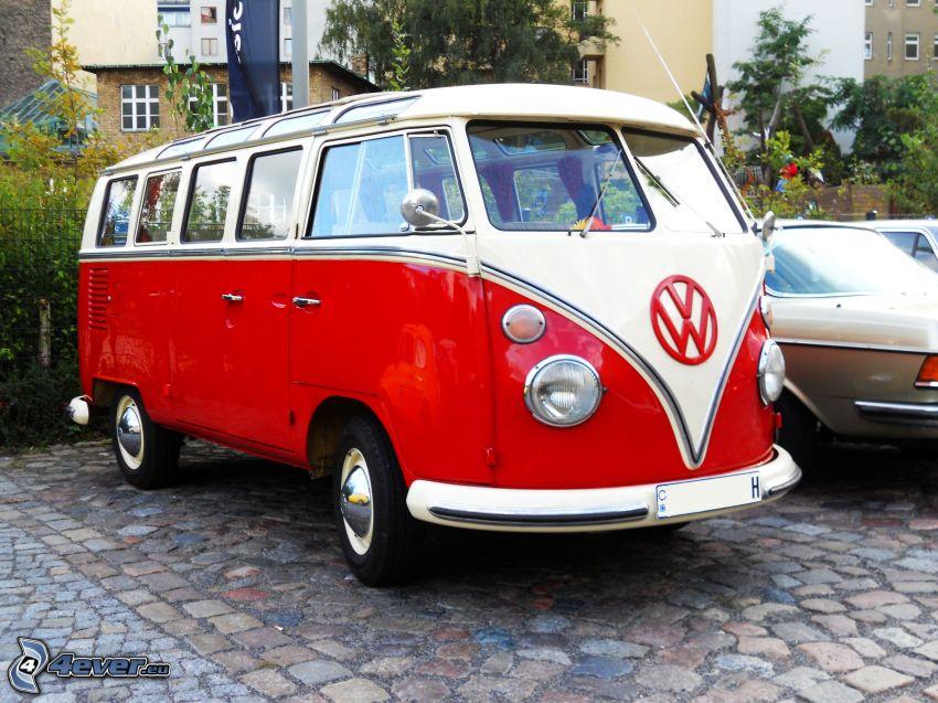 Volkswagen Type 2, Oldtimer, Bürgersteig