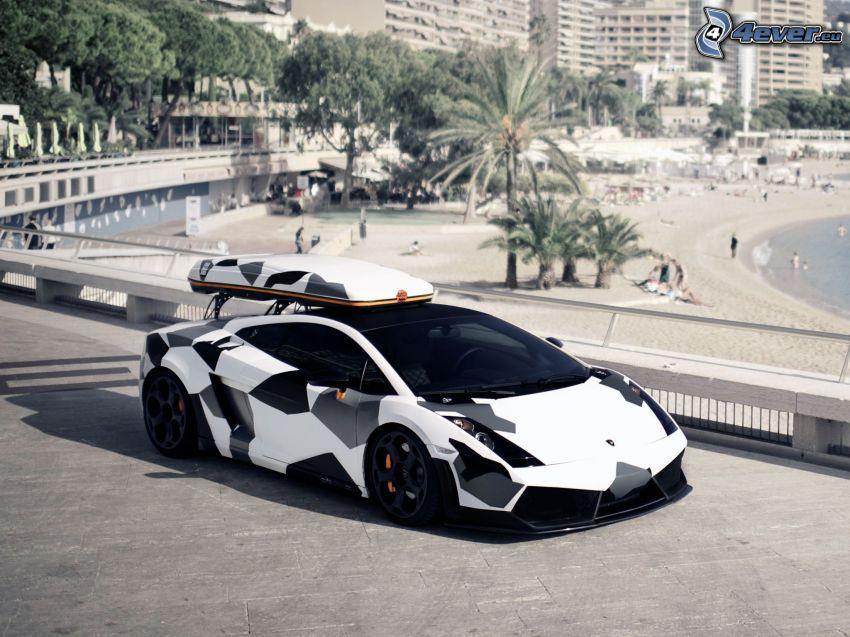 Lamborghini, Strand