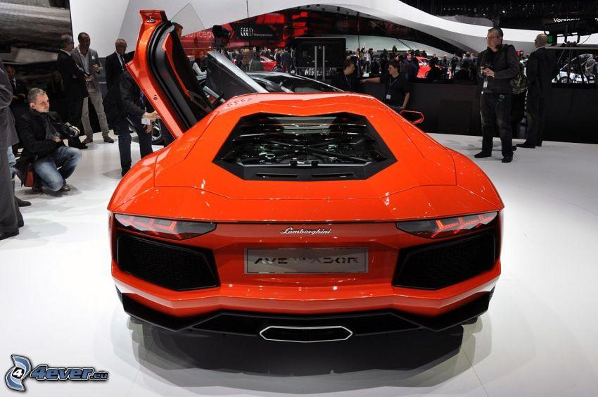 Lamborghini Aventador, Ausstellung