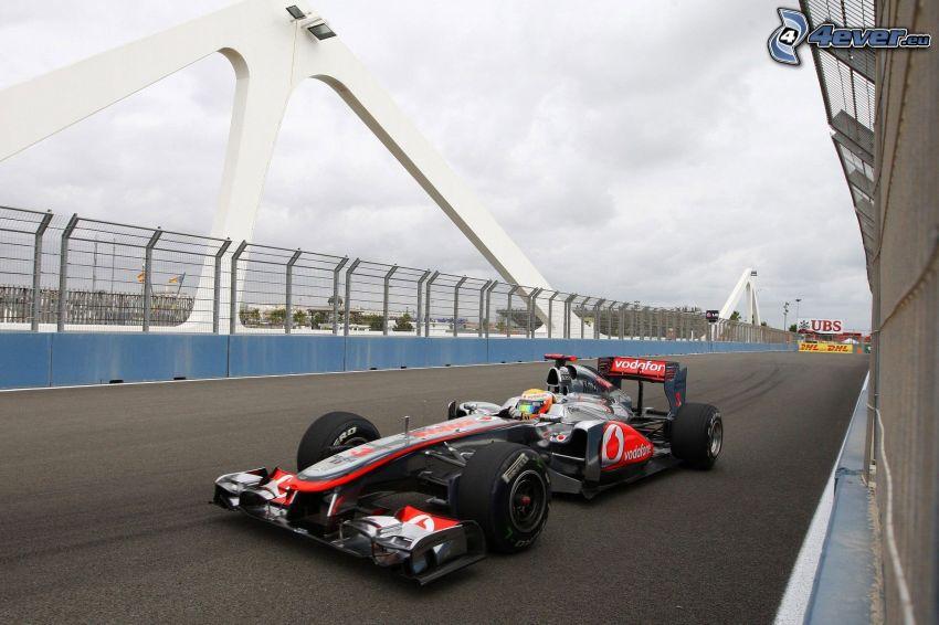 Formel 1, Brücke