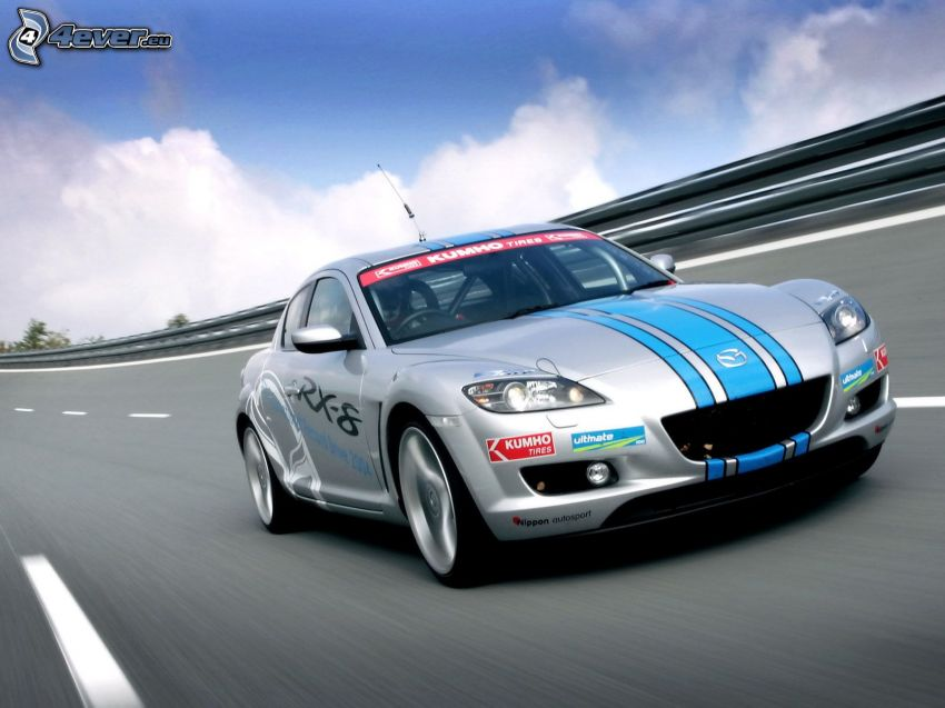 Mazda RX8, Geschwindigkeit