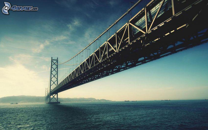 Akashi Kaikyo Bridge, offenes Meer