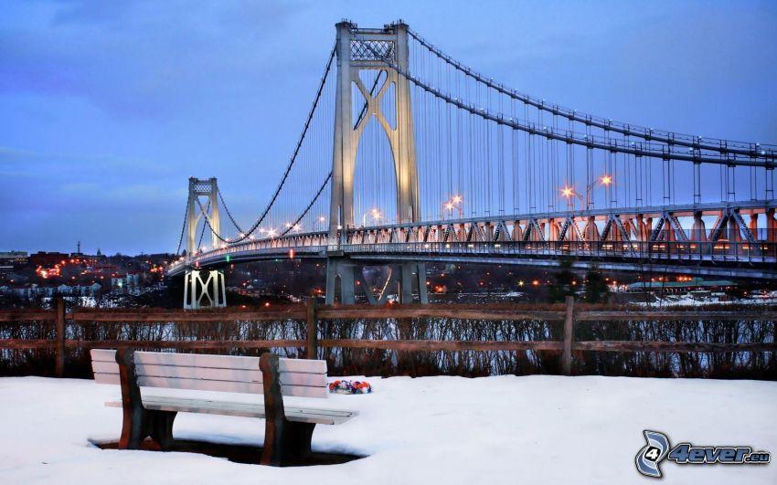 Mid-Hudson Bridge, New York, Sitzbank, Schnee