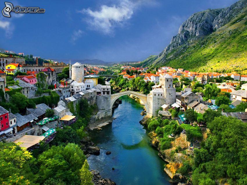 Stari Most, Neretva, felsiger Berg, Mostar